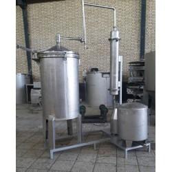 دستگاه توليد عرقيات و اسانس با ظرفيت 50 کيلو گياه با سيستم گرمايش مستقيم